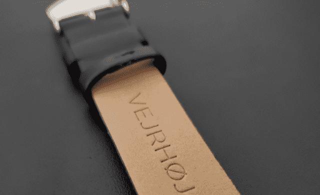 ヴェアホイの本皮ストラップ